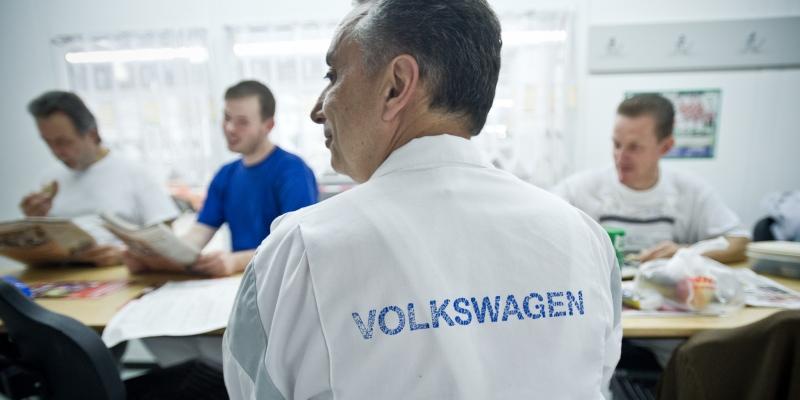 Betriebsrat Volkswagen bei Besprechung